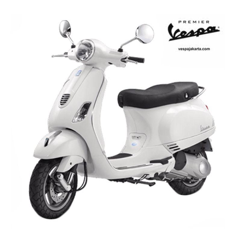 VESPA LX 150 3V IE White Sepeda Motor OTR Tangerang